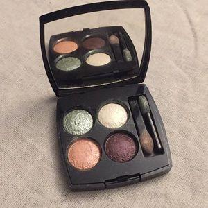 Chanel eyeshadow palette délicatesse ombres quadra 4e2211b7e